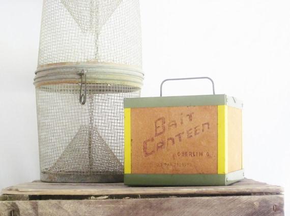 Vintage Fishing Bait Box Canteen Farmhouse Rustic Cabin Primitive Decor Cork