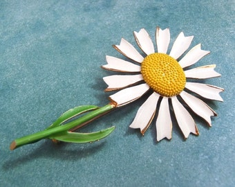 Vintage Daisy Flower Brooch Large White, Yellow & Green Enameled Pin 1960s Peace! Classic Hippy Chick Chic Flower Power Happy Hippie Fun