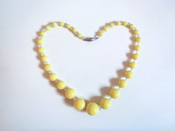 Vintage Yellow Glass Round Bead Necklace Choker with Glass Crystal Bicone Spacers Graduated Pale Yellow Beads Strung on Silver Tone Chain
