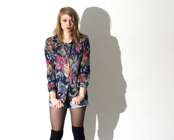 shiny dark floral blazer. 90s.
