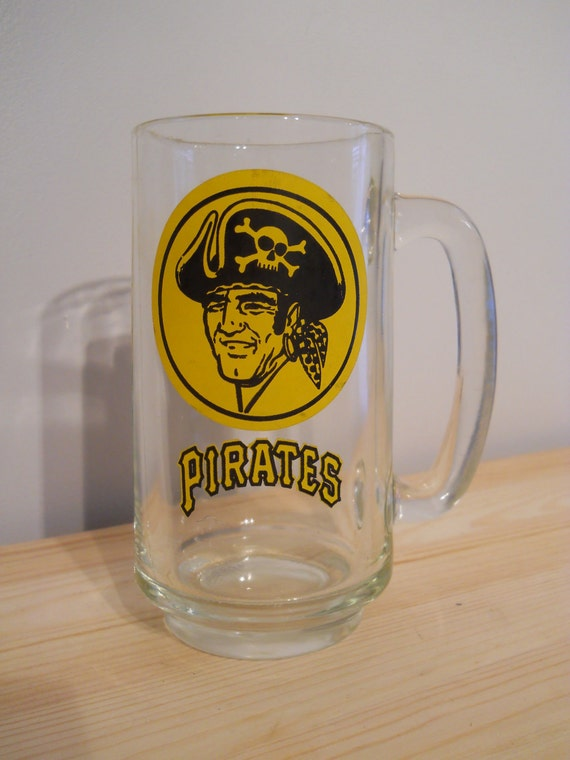 Pittsburgh Pirates glass mug