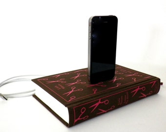 Little Women by Louisa May Alcott Book Charging Dock for iPhone