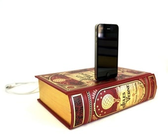 Jules Verne booksi for iPhone and iPod - Leather Book Dock