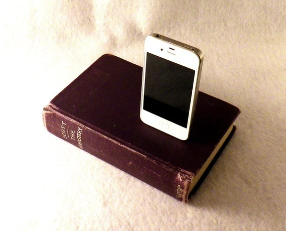 Sir Walter Scott Vintage Book Dock for iPhone and iPod - Eggplant