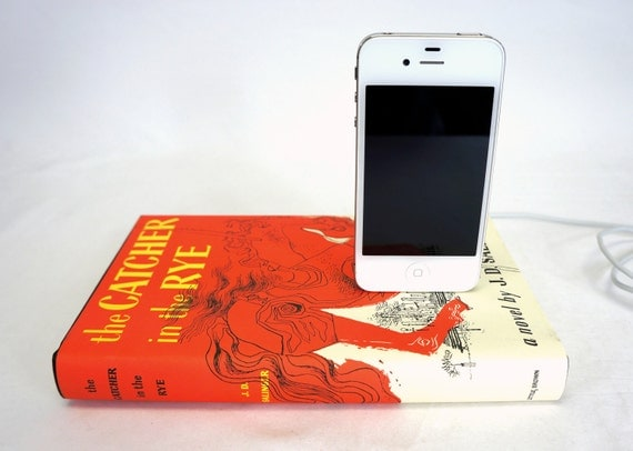 Catcher in the Rye booksi for iPhone and iPod - J.D. Salinger