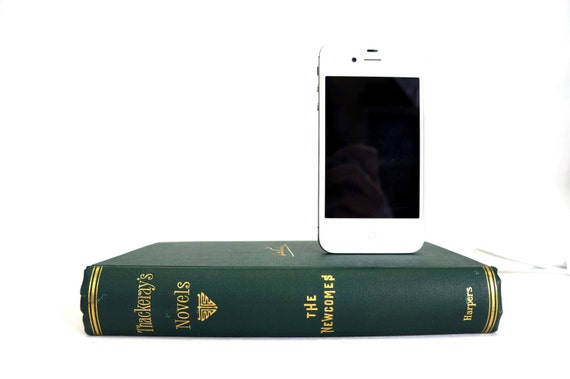 1894 Antique booksi for iPhone and iPod - W.M. Thackeray's Novels