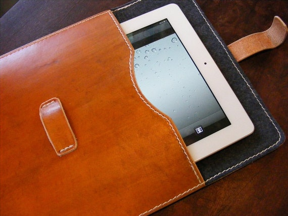 Traveler - Tan Leather iPad Case