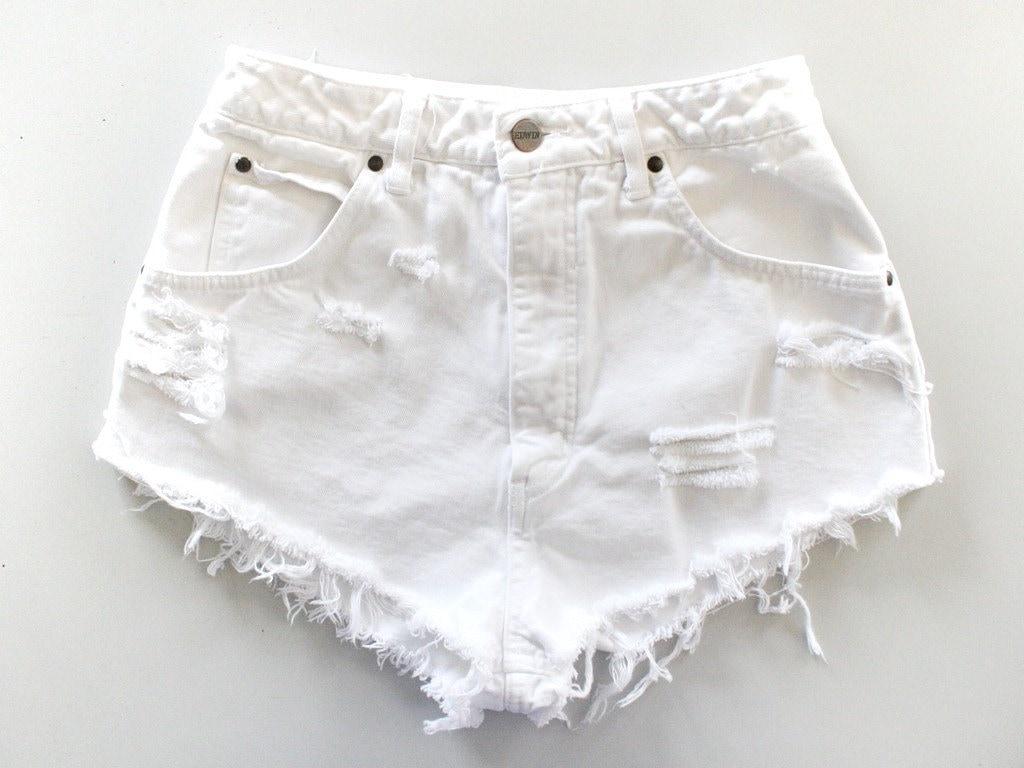 Vintage White HIGH WAISTED Cut Off FRAYED Denim Shorts
