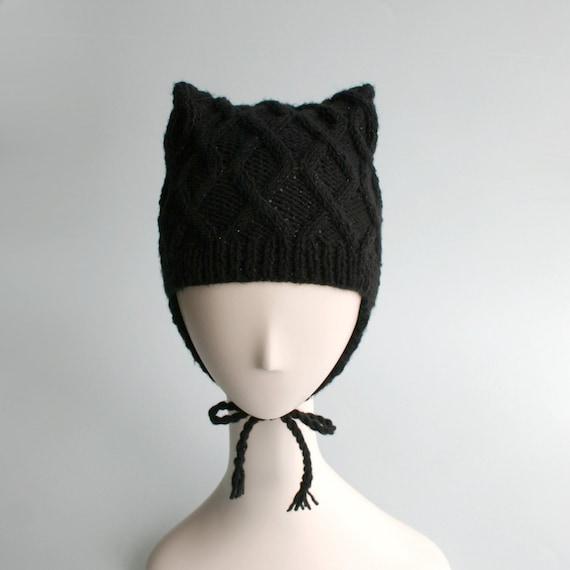 Kitteh Cap / black cable Ear Flap Hat