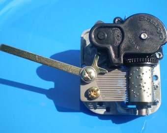 Side Lever On/Off Switch for Music Box Movement