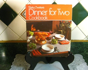 Betty Crocker's Dinner for Two Cookbook - Vintage Cookbook - Betty Crocker's Cookbook - Dinner for Two Cookbook - Betty Crocker - Cookbook