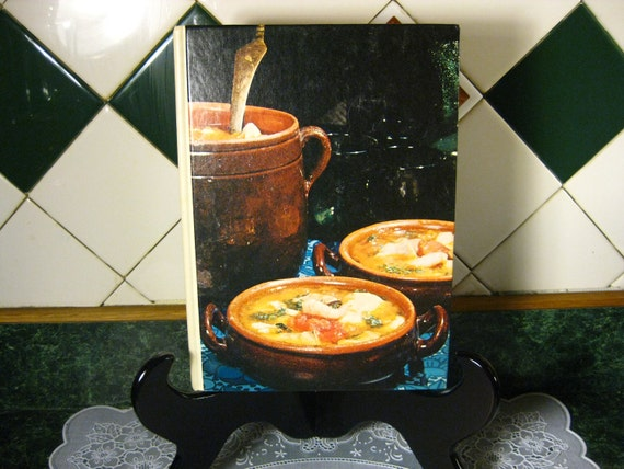 Southern Living The Low-Cost Cookbook - Vintage Cookbook - Southern Living Book- The Low-Cost Cookbook - Southern Living Cookbook