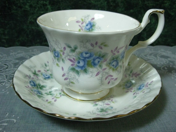 Vintage Teacup: Royal Albert Blue Blossom Teacup & Saucer