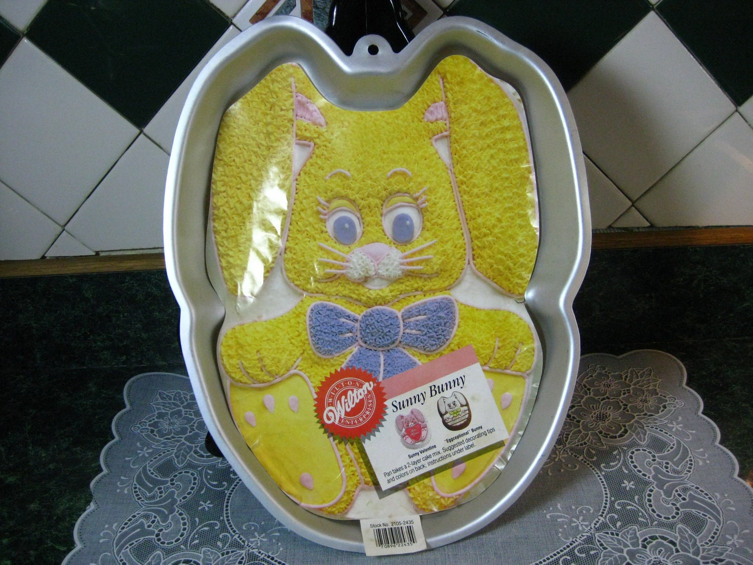 Cake Images With Name Sunny : Wilton Sunny Bunny Cake Pan Vintage Wilton Cake Pan Bunny
