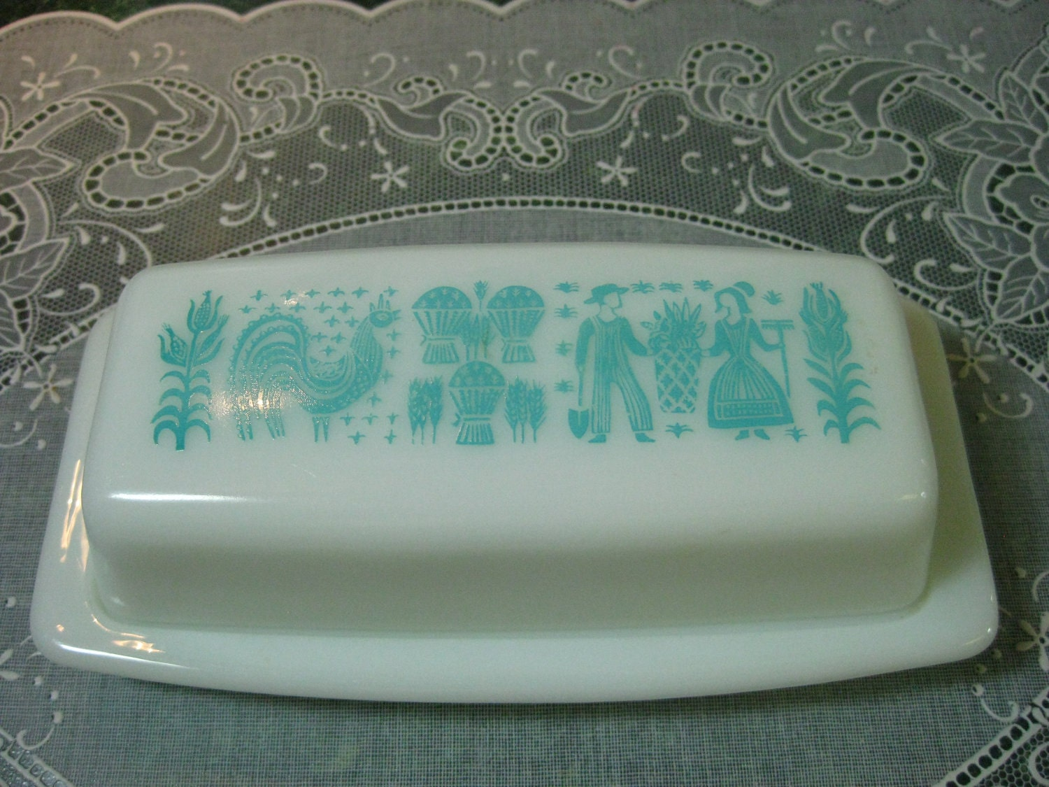 vintage butter dish pyrex amish butterprint turquoise pattern
