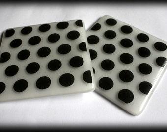 Black & White Polkadot Glass Cruellas Coasters