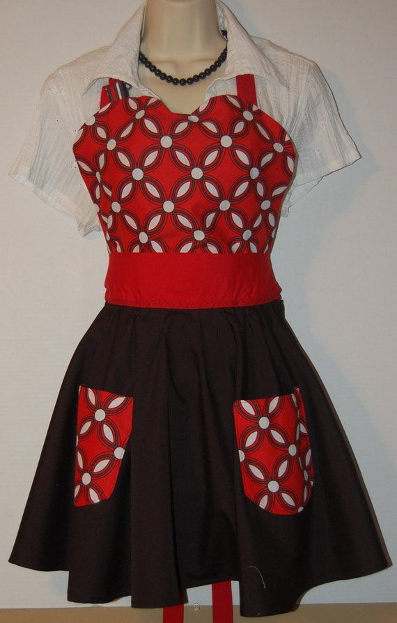 Red, White and Black Print - Full circle skirt apron with pockets