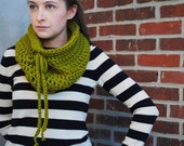the Waverly crocheted drawstring cowl in lemongrass green
