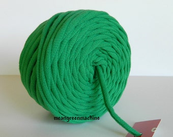 Green 29 Yards Recycled T-Shirt Yarn, T Shirt Yarn, Bulky