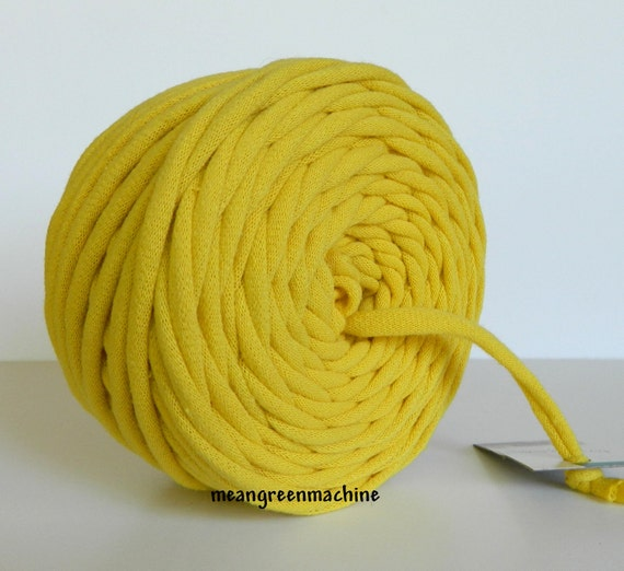 Yellow 39 Yrds Recycled T-Shirt Yarn, T Shirt Yarn, Bulky