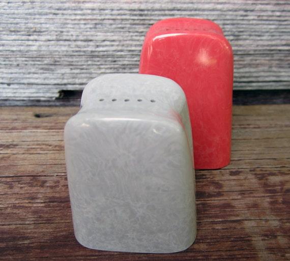 SALE - Vintage Branchell Melmac Salt & Pepper Shakers, Melamine