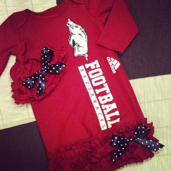 Ruffled Newborn Gown and matching hat Razorback Style