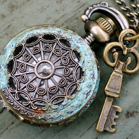 Steampunk Tiny SPIDER QUEEN KEY Necklace--patina finish
