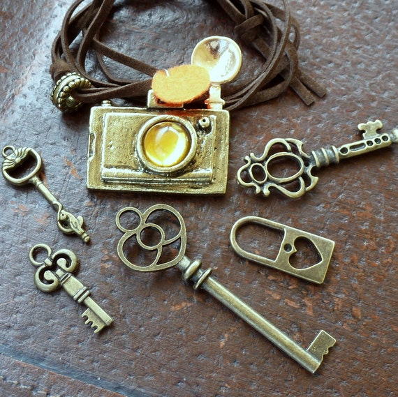 Whoesale Lot 6pc Steampunk skeleton key camera necklace locket pendant charm 19 victorian jewelry