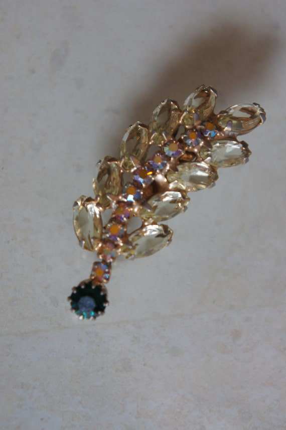 Bling Vintage Aurora Borealis Rhinestone Marquise Open Back Pale Yellow Emerald  Pin Brooch