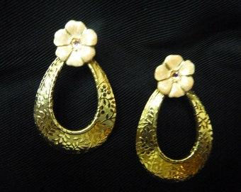"VINTAGE ""1928"" GOLDTONE Pierced EARRINGS"
