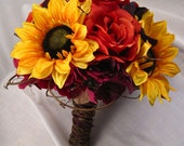 Sunflower, Rose and Hydrangea Hand-Tied Bouquet Four-Piece set