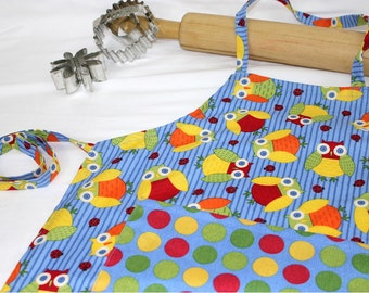 Give a Hoot Child Apron with Pocket