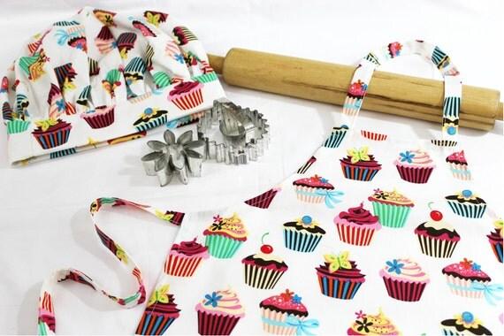 Retro White Cupcake Child Apron and Adjustable Chef Hat