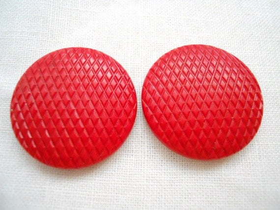 Large Cherry  Red Vintage Shank  Buttons