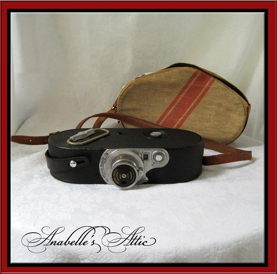 Antique COLLECTIBLE 1930s Stewart Warner Hollywood 16mm Film Camera / Collector's Movie Camera with Canvas Case /