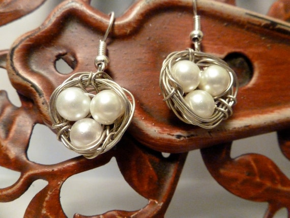 Birds Nest Earrings- White Pearl Eggs