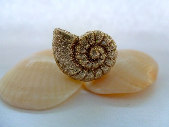 Ammonite seashell ring: Under the Sea, Sea Creature, Shell, Destination, Summer, Animal Earrings, Button Earrings.