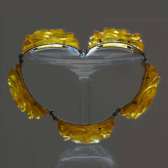 Stunning Applejuice Carved Bakelite Link Bracelet with Rose Motif Simichrome Tested
