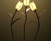 3 stem handmade flower lamp
