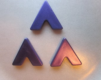 Purple Triangle Acrylic Pendants Plastic Charms 31.5mm 6 Pendants