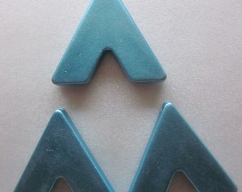Blue Triangle Acrylic Pendants 31.5mm 6 Pendants