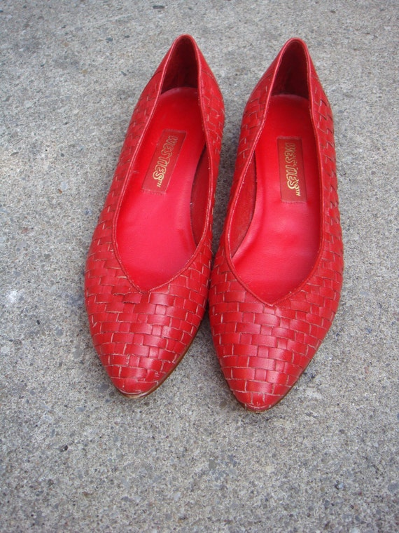 80s CHERRY red woven leather flats - 7