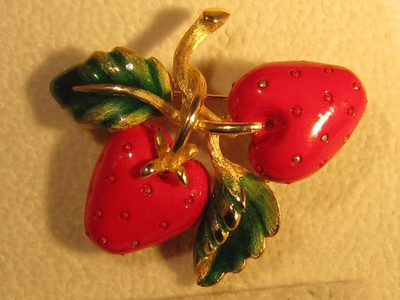 Vintage Enamel Red Strawberries Pin