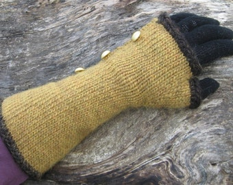 G'Kar Gauntlets Mitts Knitting Pattern Babylon 5