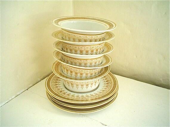 Victorian Ramekins Set -- Gold and White Antique Austrian Porcelain Custard Dishes