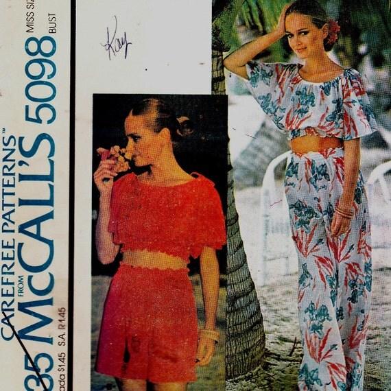 Rare Vintage 1970's Misses Pants Shorts Top w Elastic Midriff  Uncut Sz Medium Pattern McCall's 5098