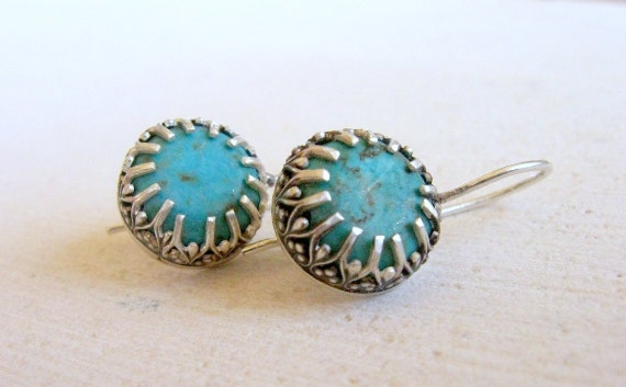 Turquoise earrings - Turquoise in silver crown setting earrings
