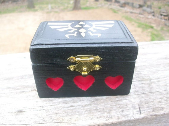 Zelda Royal/Hylian Crest Wooden Box