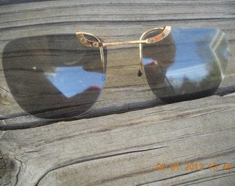 Clip on sunglasses Vintage retro aviater  Mid Century 1960s