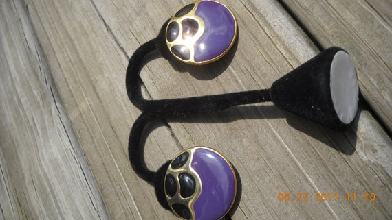 Vintage retro Earrings Enamel pierced Purple and Black goldtone button Feeling Groovy
